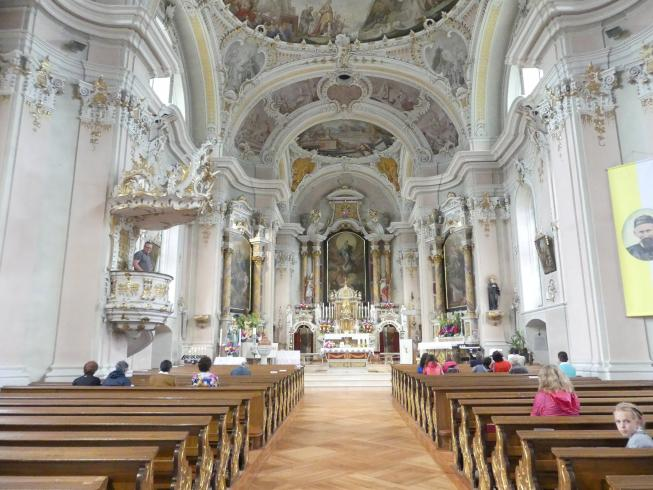 Abtei (Südtirol), Pfarrkirche St. Leonhard und Jakobus Major