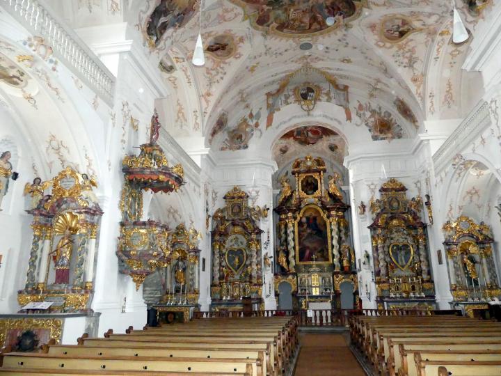 Trautmannshofen, Pfarr- und Wallfahrtskirche Mariä Namen, Bild 2/4