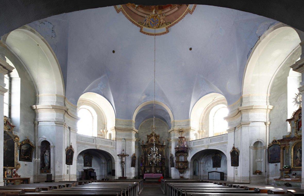 Barzdorf (Božanov), Kirche St. Maria Magdalena, Bild 3/7