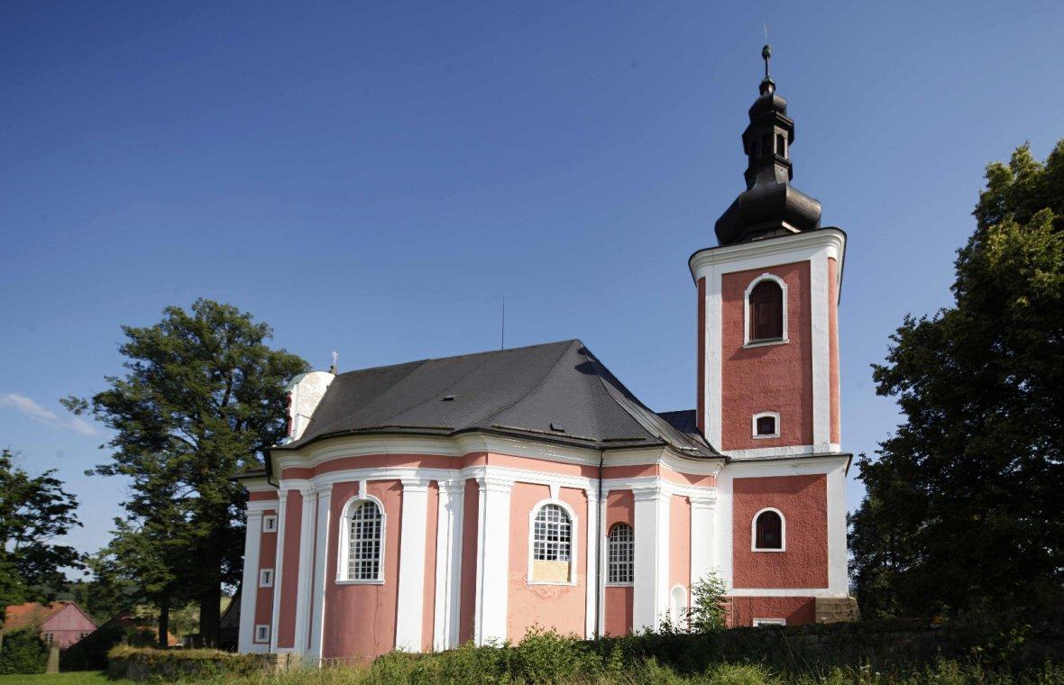 Barzdorf (Božanov), Kirche St. Maria Magdalena, Bild 4/7