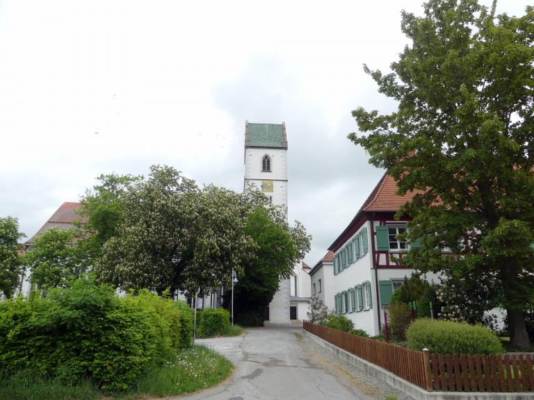 Bad Buchau, ehem. Damenstift, ehem. Stiftskirche, heute Pfarrkirche St. Cornelius und Cyprianus, Bild 1/4