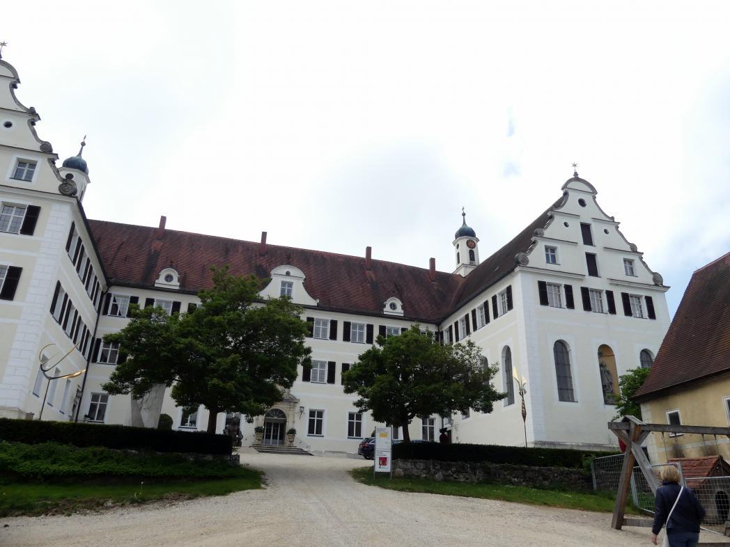 Mochental (Ehingen ), ehem. Propstei, heute Schloss, Bild 2/2