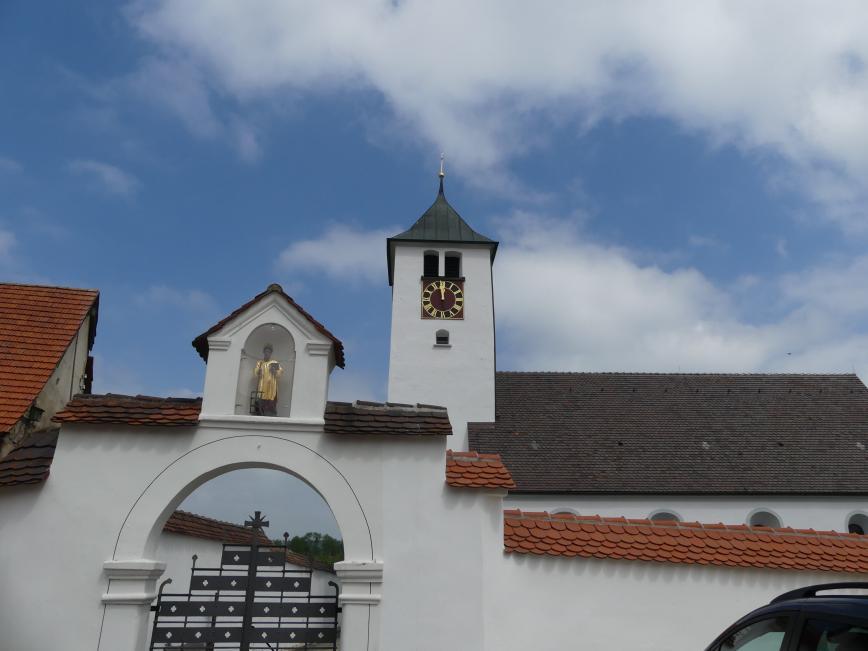 Aichelau (Pfronstetten), Pfarrkirche St. Laurentius