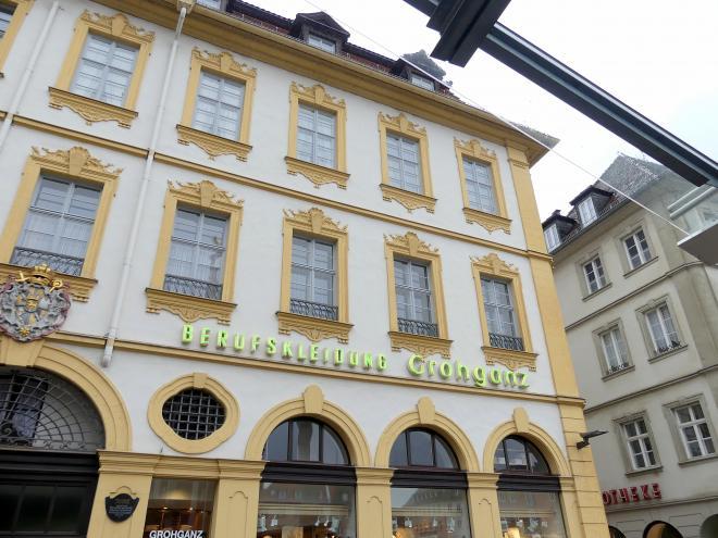 Würzburg, Wohn- und Geschäftshaus, Marktplatz 14-16