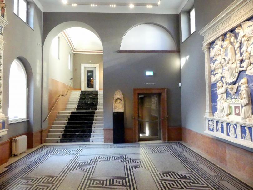 Frankfurt am Main, Liebieghaus Skulpturensammlung, Renaissance - eine neue Altarform, Bild 1/2