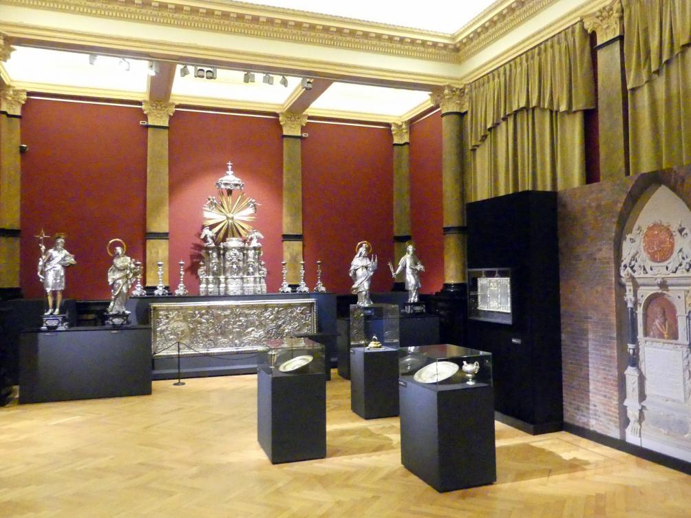 Breslau, Nationalmuseum, 1. OG, Sonderausstellung Zwei Altäre, Bild 1/6