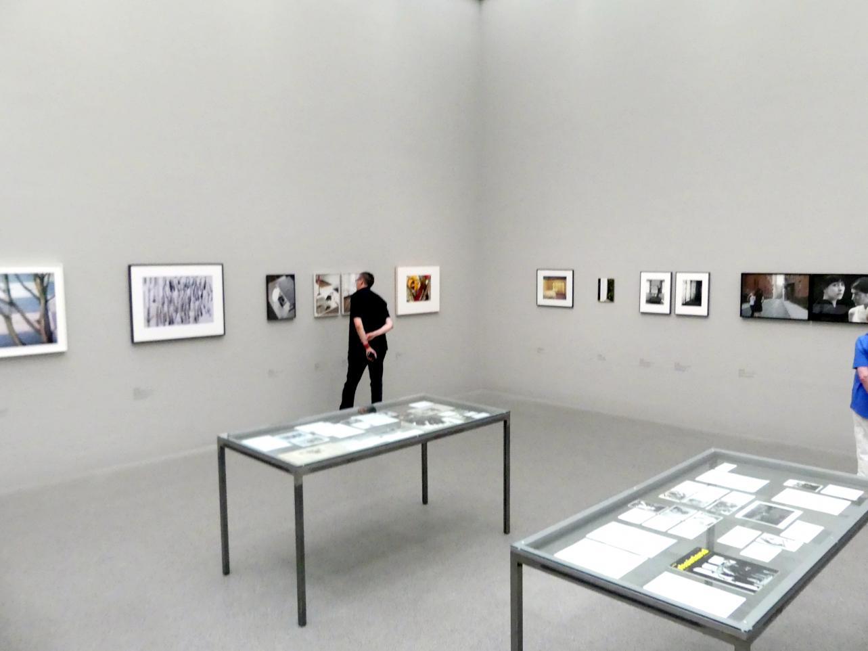 München, Pinakothek der Moderne, Saal 8, Bild 2/3
