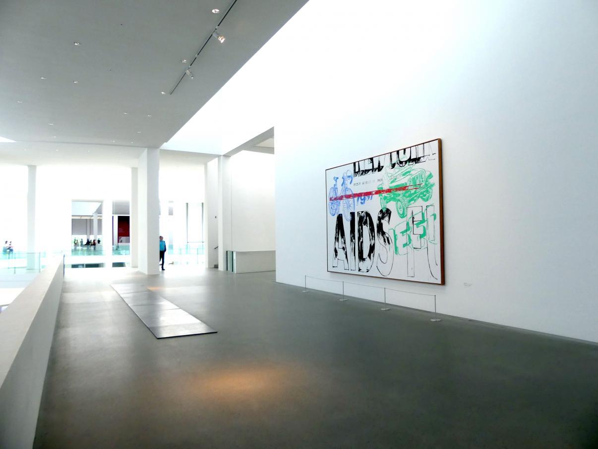 München, Pinakothek der Moderne, Gang im Ostflügel, Bild 2/3