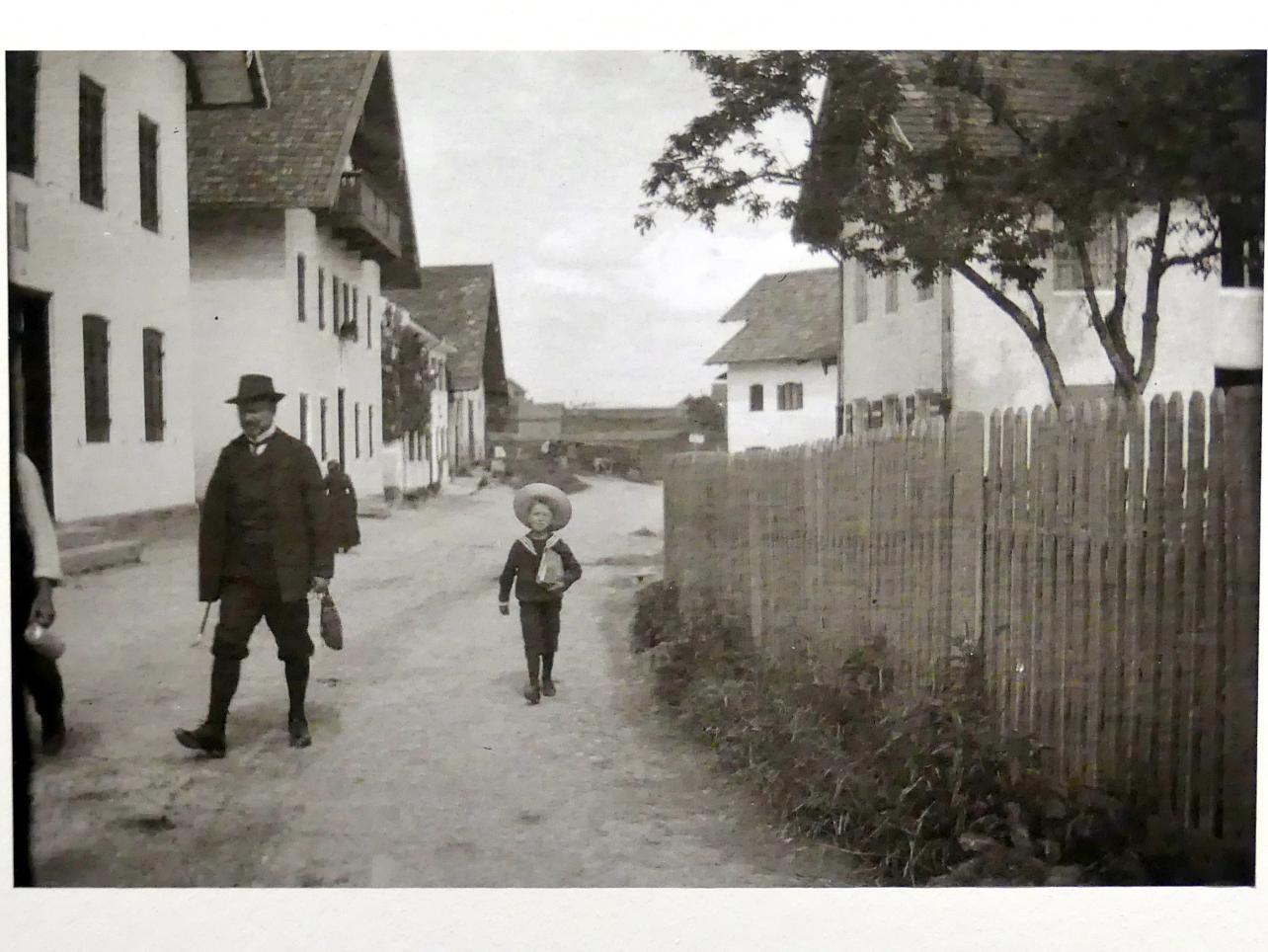 """München, Lenbachhaus, Kunstbau, Ausstellung """"Lebensmenschen"""" vom 22.10.2019-16.2.2020, München, Murnau, Oberstdorf, 1908-1913, Bild 17/17"""