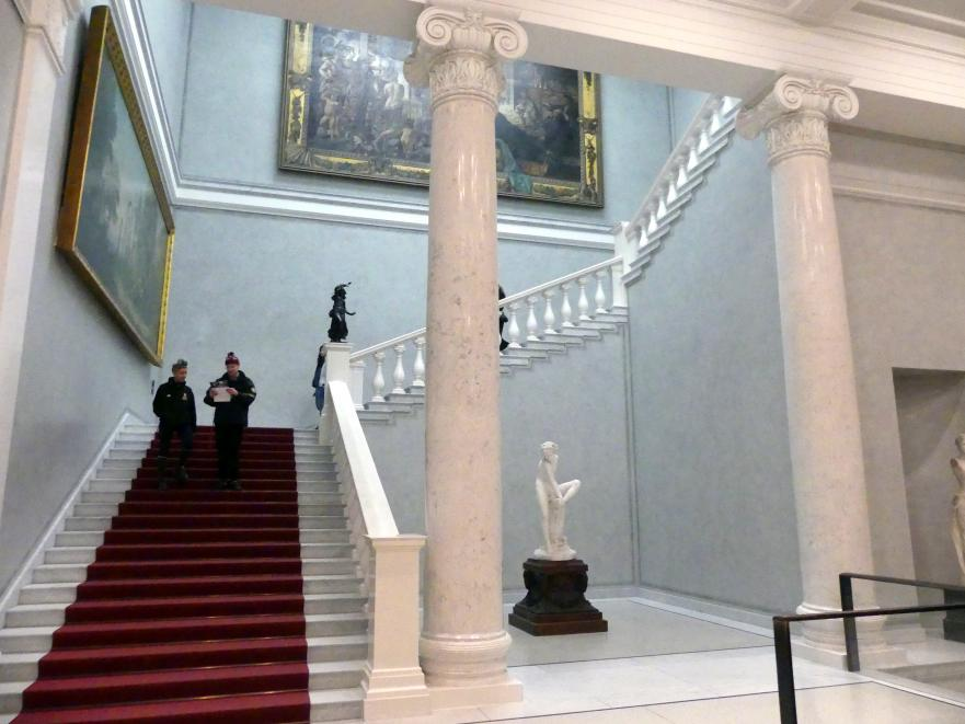 Berlin, Alte Nationalgalerie, Treppenhaus, Bild 1/7
