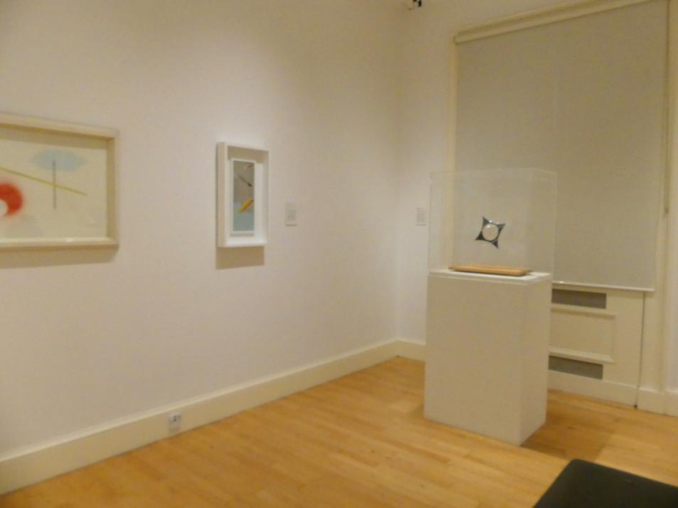 Edinburgh, Scottish National Gallery of Modern Art, Gebäude One, Saal 17 - Abstrakte Kunst und Britannien in der Zwischenkriegszeit, Bild 1/4