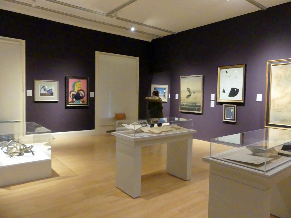 Edinburgh, Scottish National Gallery of Modern Art, Gebäude One, Saal 20: jenseits des Realismus - Dada und Surrealismus, Bild 1/4