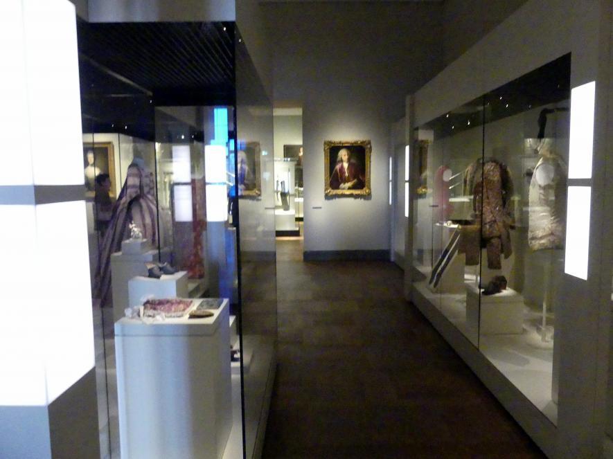 München, Bayerisches Nationalmuseum, Obergeschoss, Saal 87, Bild 1/4