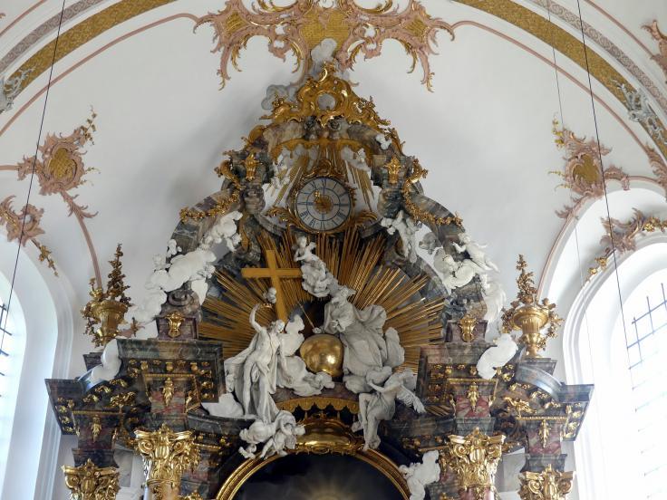 Ignaz Günther: Darstellung der Heiligen Dreifaltigkeit im Auszug des Hochaltars, 1765
