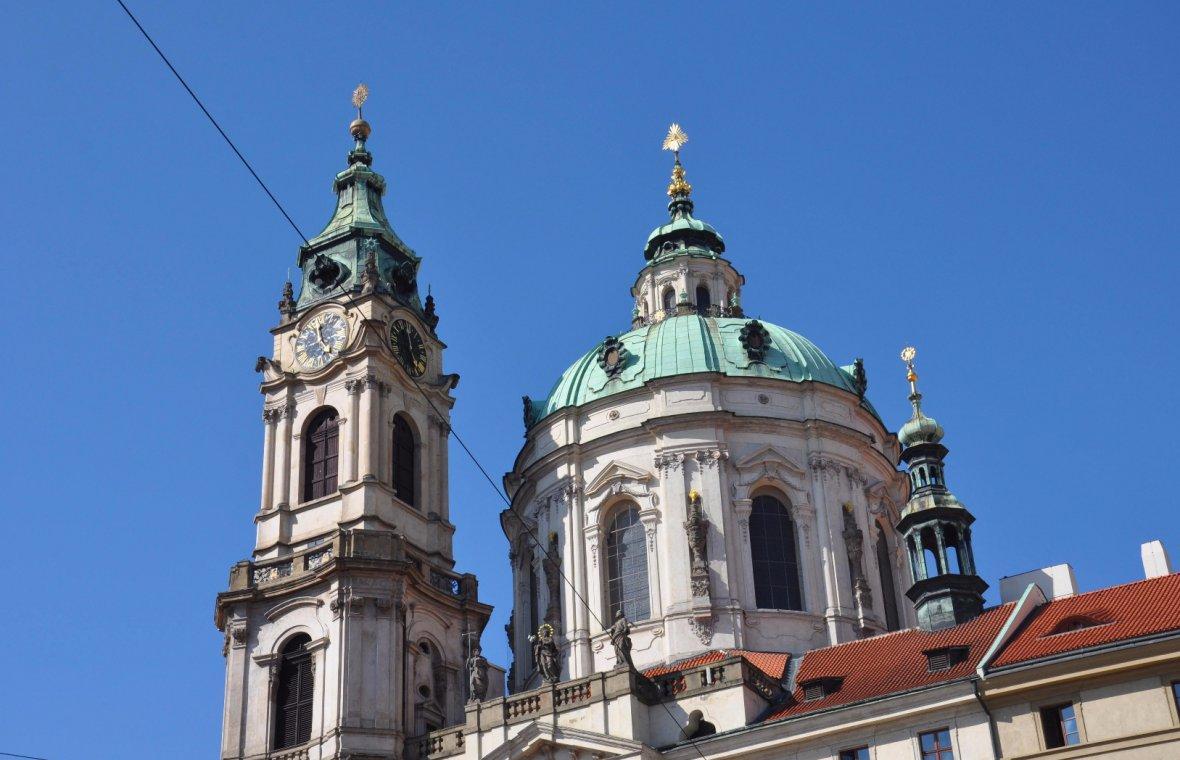 Kilian Ignaz Dientzenhofer: Vollendung des Kirchenschiffs, Chorabschluss, und Turm der Kirche (Kuppel und Turm vollendet 1751-1753 durch Anselmo Lughano), 1737 - 1751