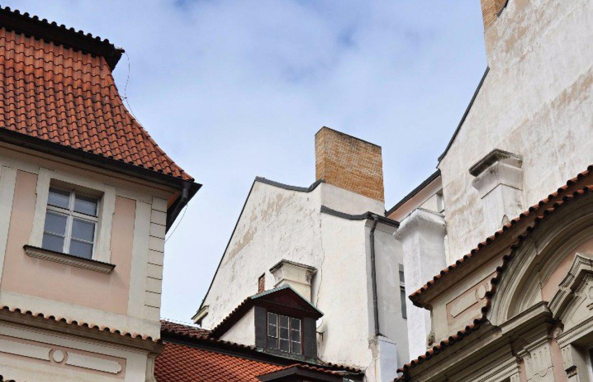 Kilian Ignaz Dientzenhofer: Bau des Palais Piccolomini, heute Sylva-Taroucca-Palais, Bau nach dem Tod vollendet von Anselmo Luragho, Konskriptions-Nummer 852, 1744 - 1752