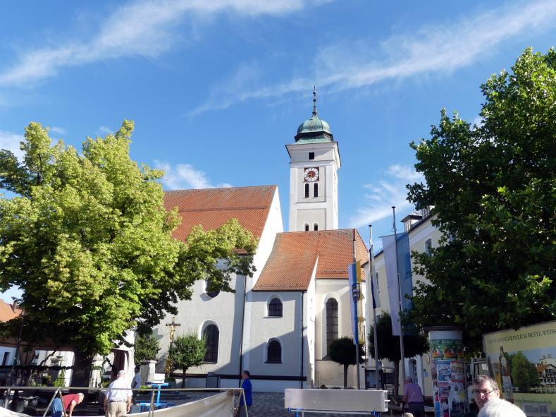 Johann Schmuzer: Neubau des Turms wegen Schäden (alten Grundmauern waren zu schwach), 1686 - 1688