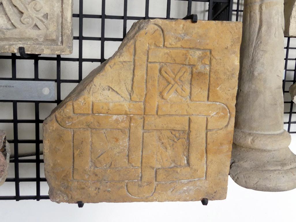 Tafel mit Ornamenten, um 1225