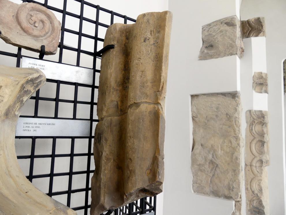 Fragment einer Gewölberippe, 14. Jhd.