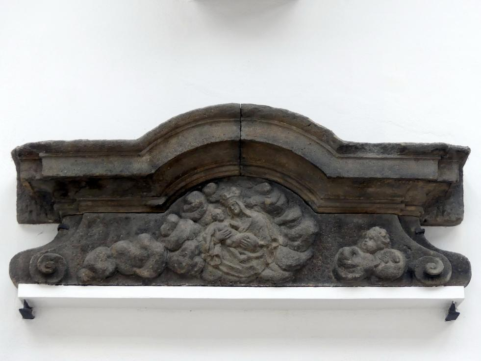 Architrav eines Portals mit den Motiven des Stará Boleslav-Palladions, 1. Hälfte 18. Jhd.
