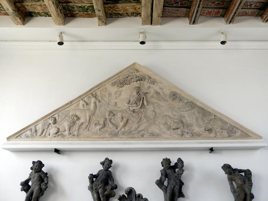 Tympanon (Schmuckfläche) mit Orpheus, der mit der Lyra die Tiere betört, 1. Viertel 19. Jhd.