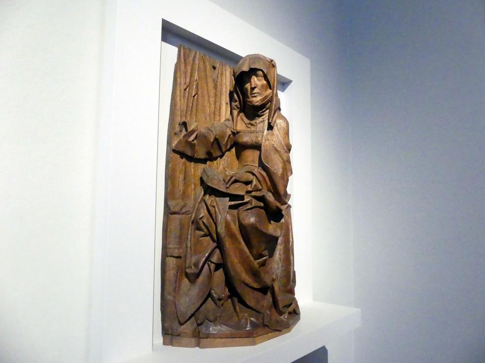Tilman Riemenschneider: Hl. Anna, wohl Fragment einer Heiligen Sippe, um 1505 - 1510, Bild 2/3