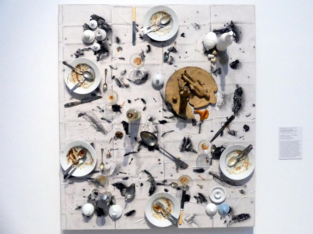 Daniel Spoerri: Das Palindromische Bankett (Hommage á André Thomkins), 2002