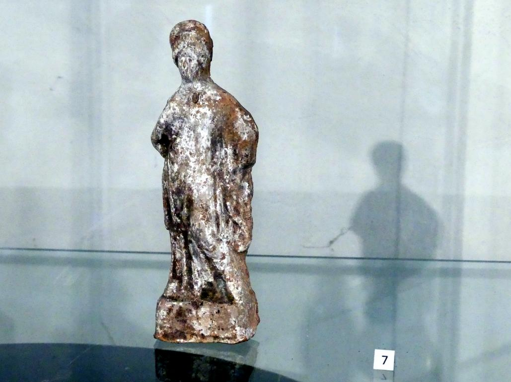 Frau in Chiton und Himation mit einem Diadem, 4. Jhd.