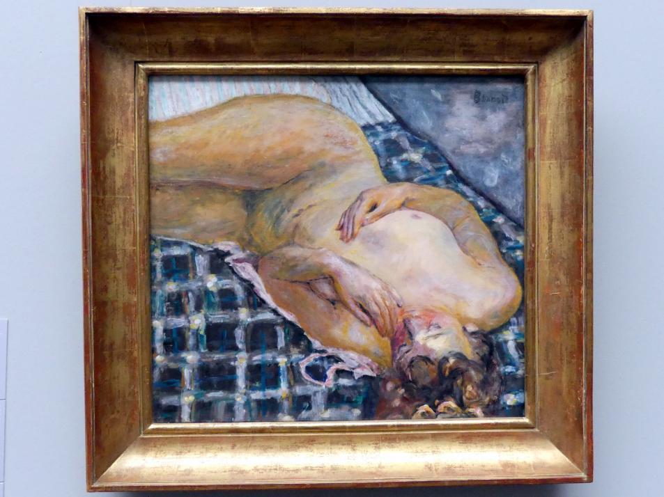 Pierre Bonnard: Liegender Akt auf weißblau kariertem Grund, um 1909