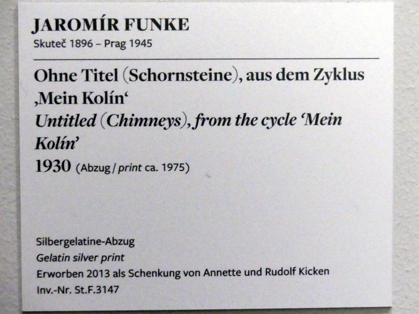 """Jaromír Funke: Ohne Titel (Schornsteine), aus dem Zyklus """"Mein Kolín"""", 1930, Bild 2/2"""