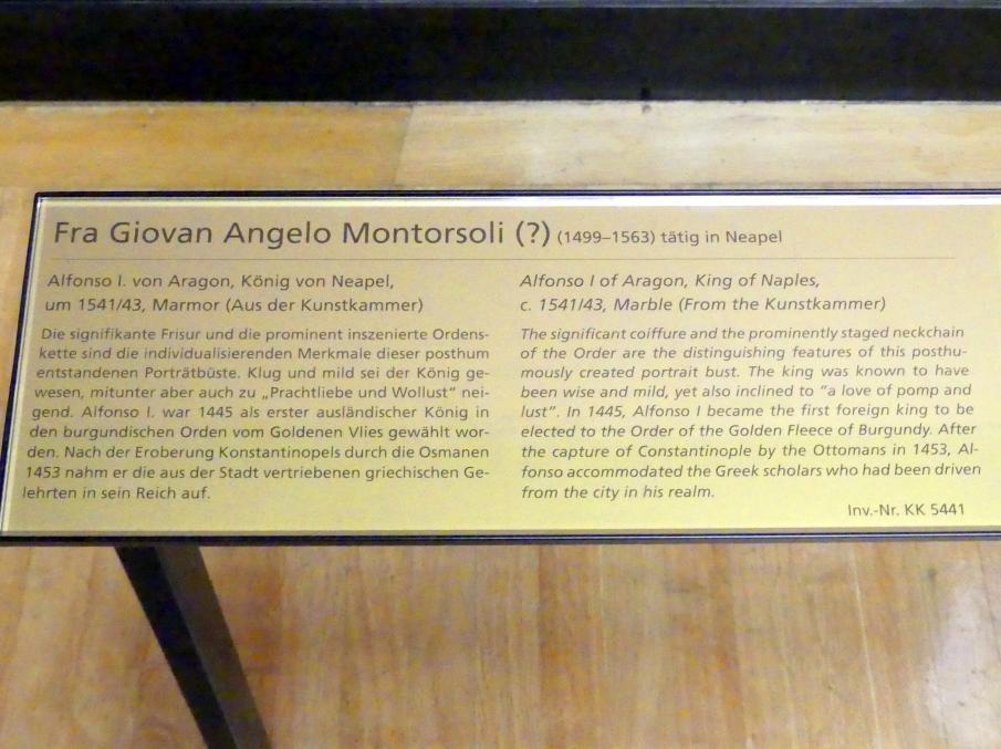 Giovanni Angelo Montorsoli: Alfonso V. von Aragon, als Alfons I. König von Neapel, um 1541 - 1543, Bild 5/5