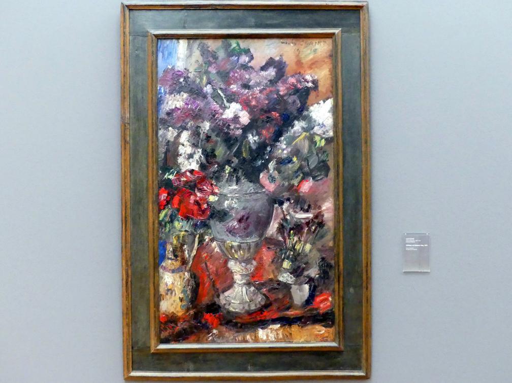 Lovis Corinth: Stillleben mit Meissner Vase, 1919