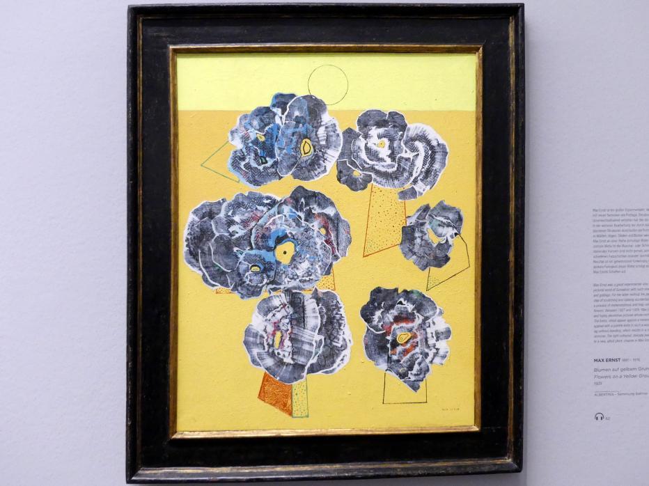 Max Ernst: Blumen auf gelbem Grund, 1929