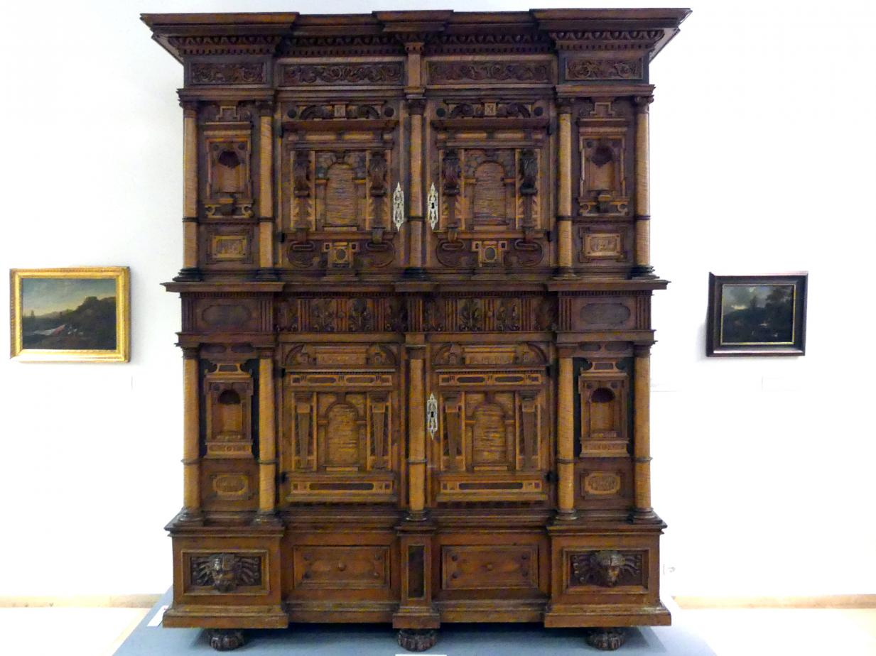 Fassadenschrank, um 1600