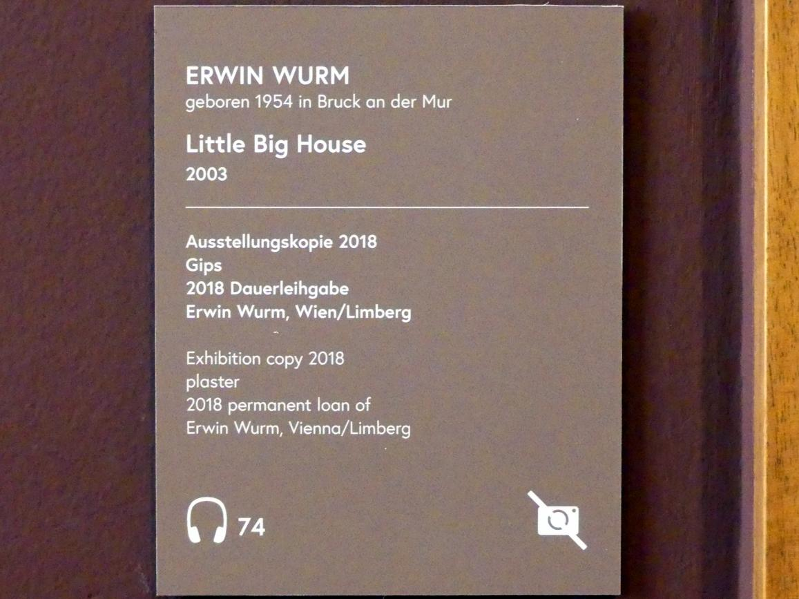 Erwin Wurm: Little Big House, 2003