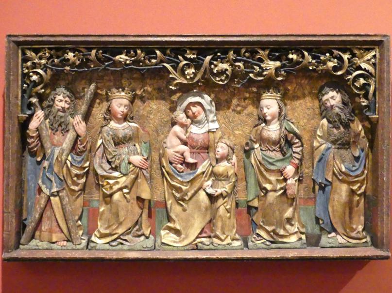 Predella eines Flügelaltars mit der Darstellung der Hl. Anna Selbdritt zwischen zwei Heiligen Jungfrauen sowie dem Apostel Andreas und dem Hl. Johannes Baptista, um 1500