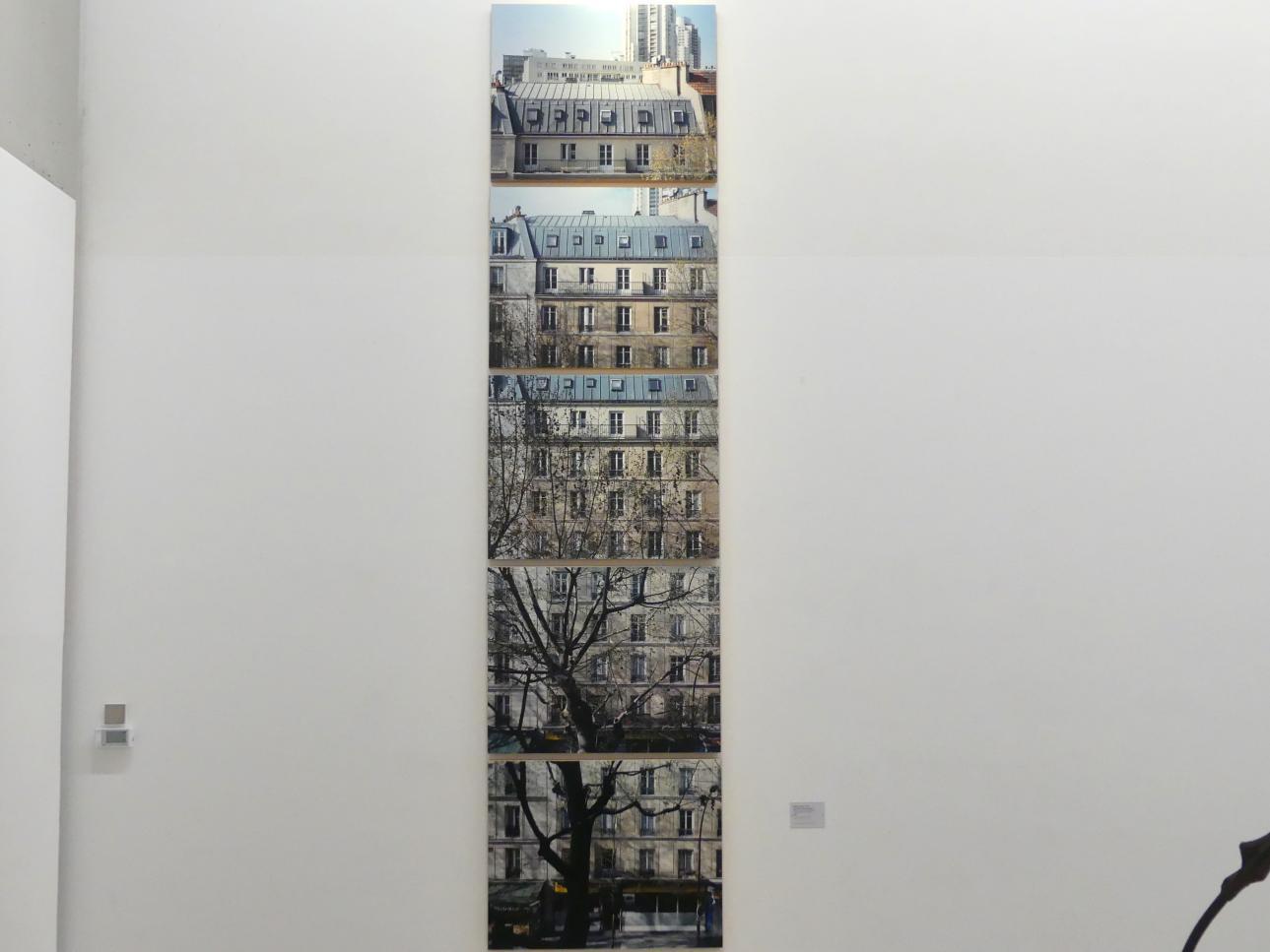 Valérie Jouve: Ohne Titel (Die Fassaden), 2003