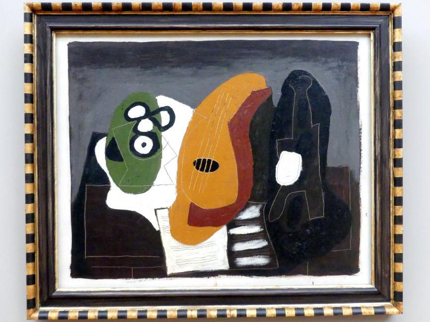 Pablo Picasso: Fruchtschale, Mandoline, Flasche, 1924