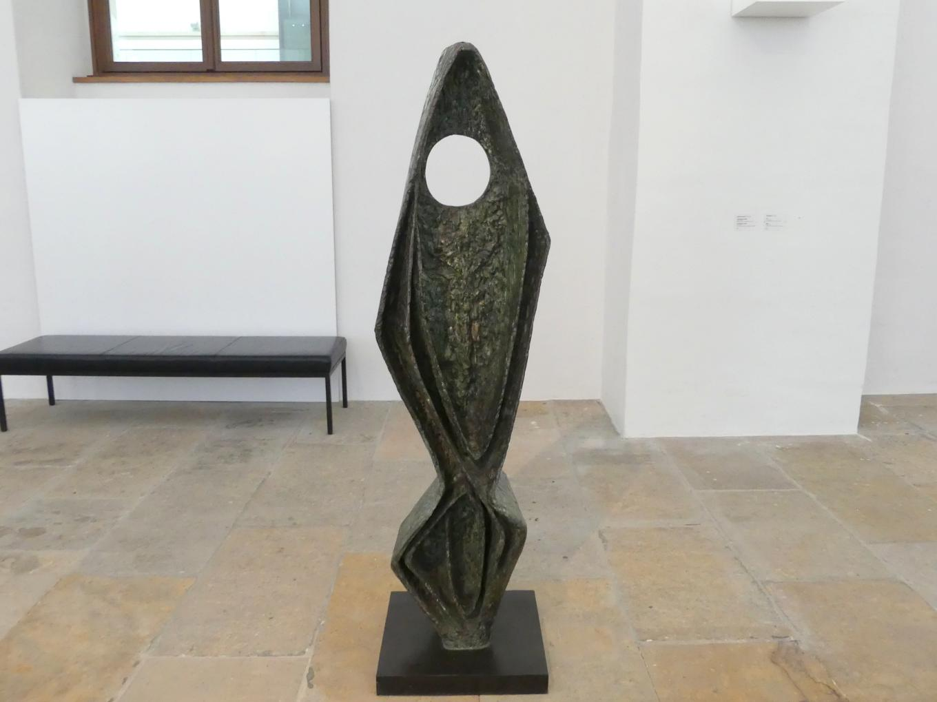 Barbara Hepworth: Ascending Form: Gloria, 1958