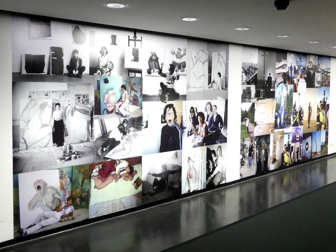 Maria Lassnig: Fotos von 1952 bis 2002, 2002