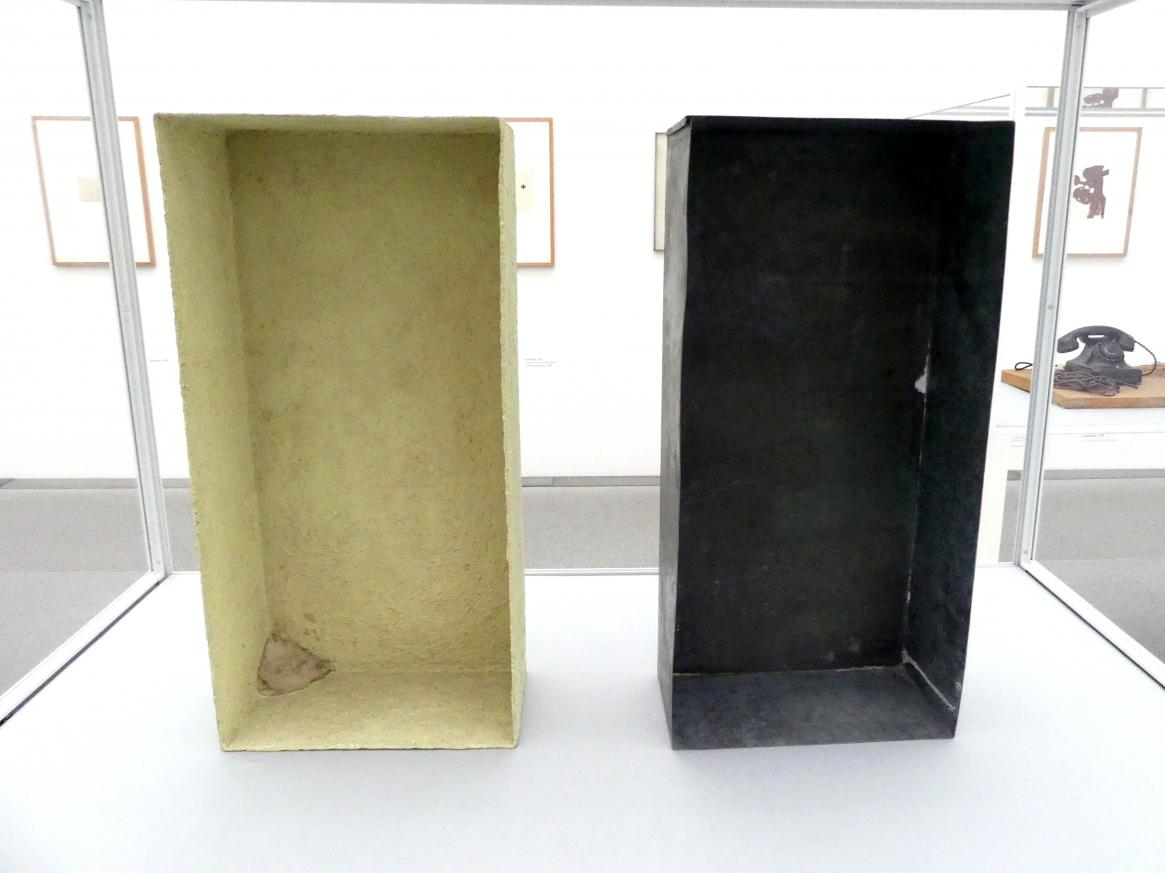 Joseph Beuys: Mit Schwefel überzogene Zinkkiste (tamponierte Ecke), 1970