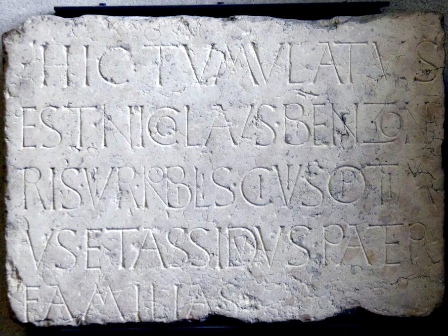 Steinplatte mit Inschriften vom Brenzoni-Denkmal, 1426
