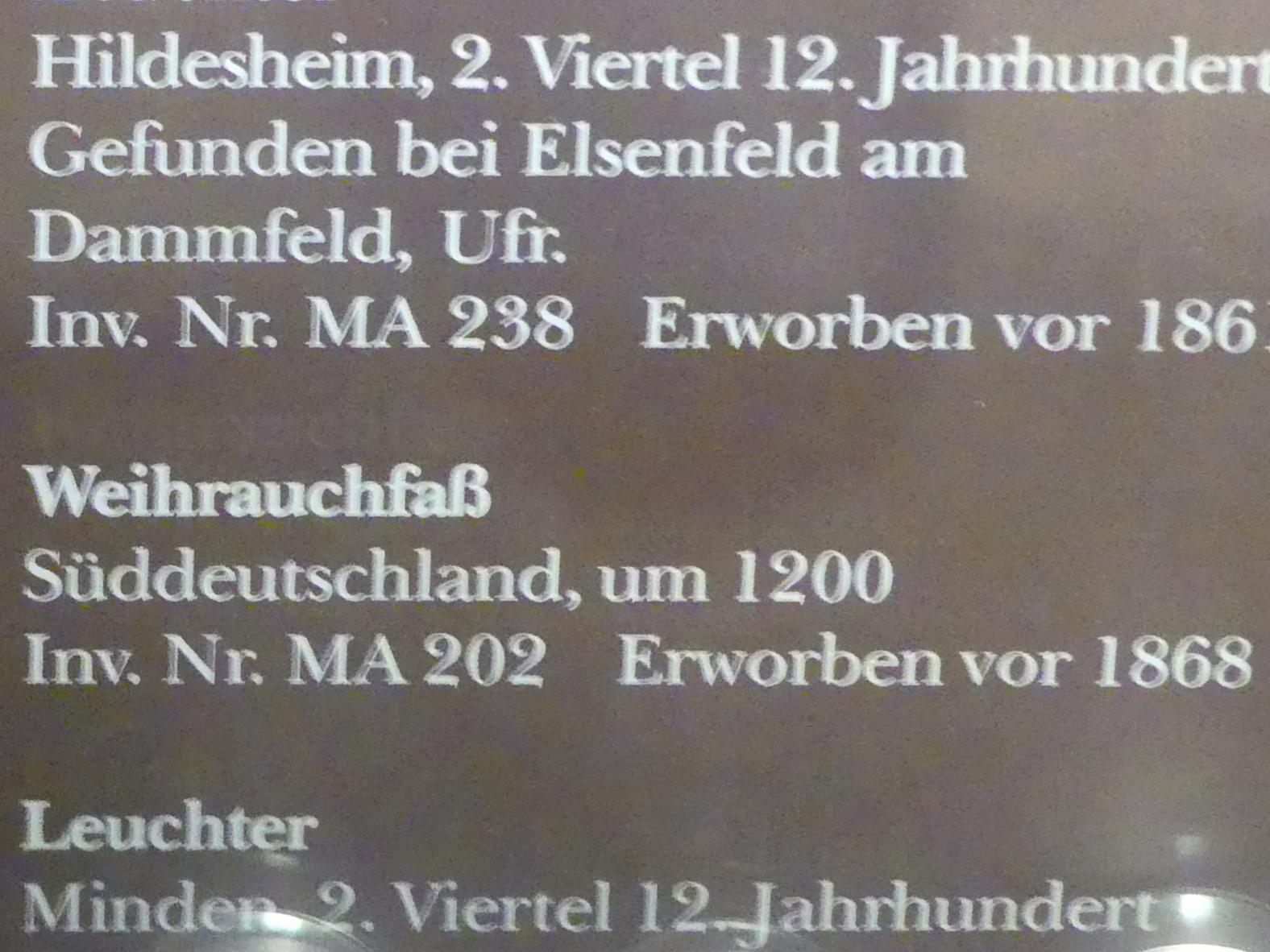 Weihrauchfass, um 1200, Bild 2/2