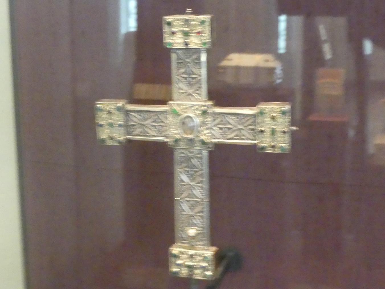 Reliquienkreuz mit Inschrift, 1230 - 1250