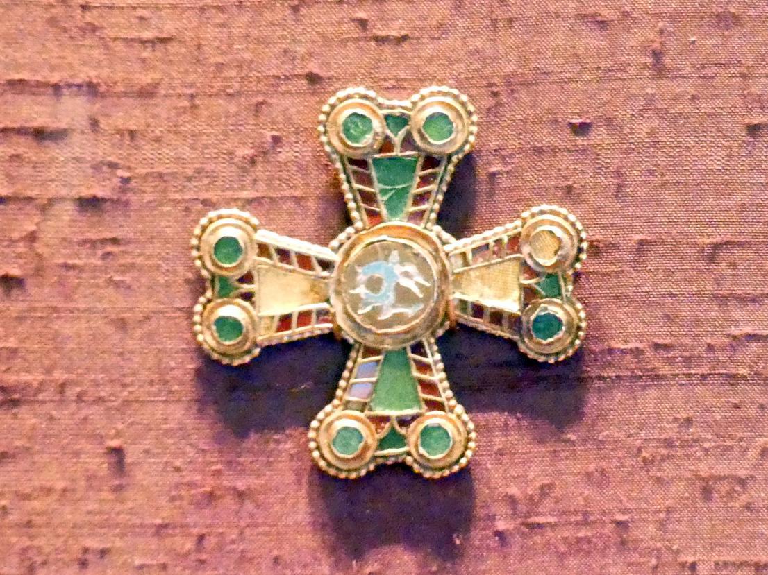 Kleines Kreuz, Um 800