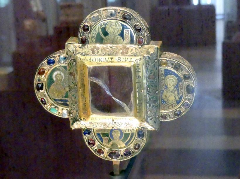 Vierpaßförmiges Reliquiar, Um 1200