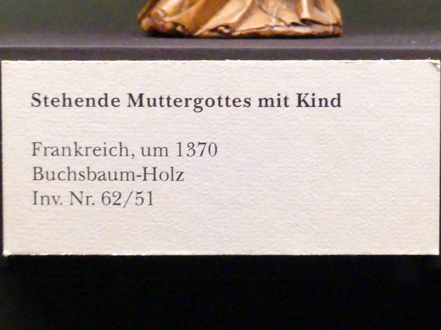 Stehende Muttergottes mit Kind, um 1370, Bild 2/2