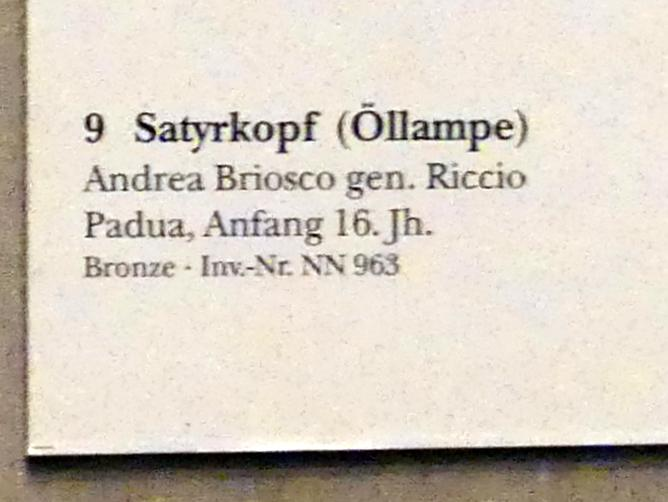 Andrea Briosco (Il Riccio): Satyrkopf (Öllampe), Beginn 16. Jhd., Bild 2/2