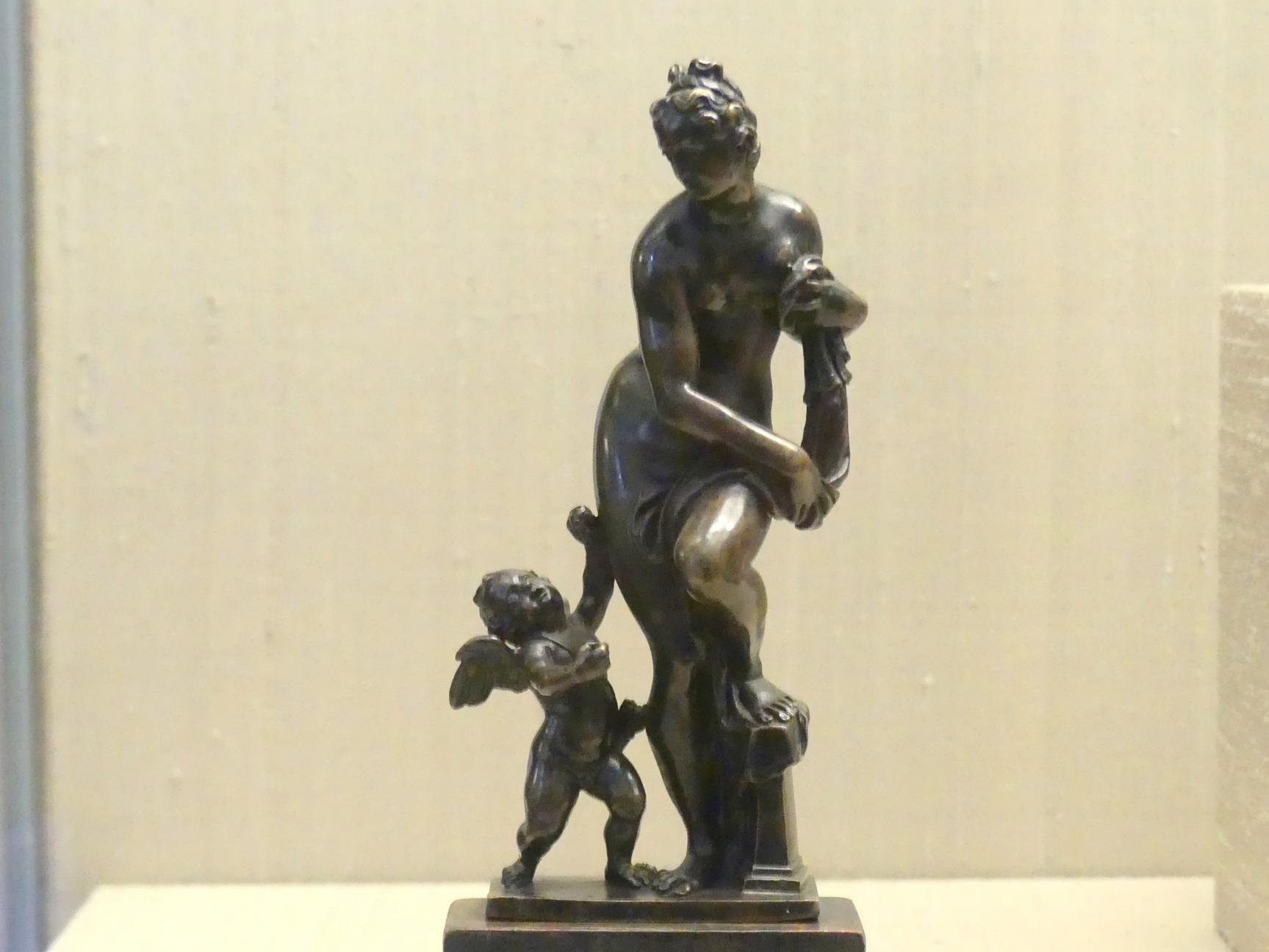 Giovanni Francesco Susini: Venus und Amor, um 1600, Bild 1/3