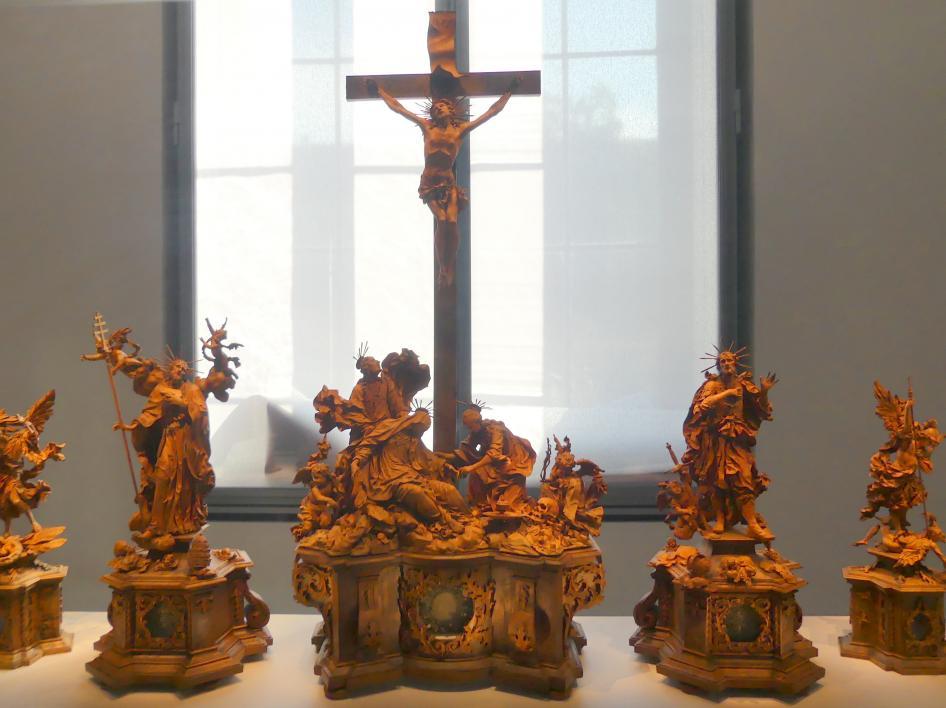 Marian Rittinger: Kreuzigungsgruppe mit Erzengeln und Heiligen, Um 1700